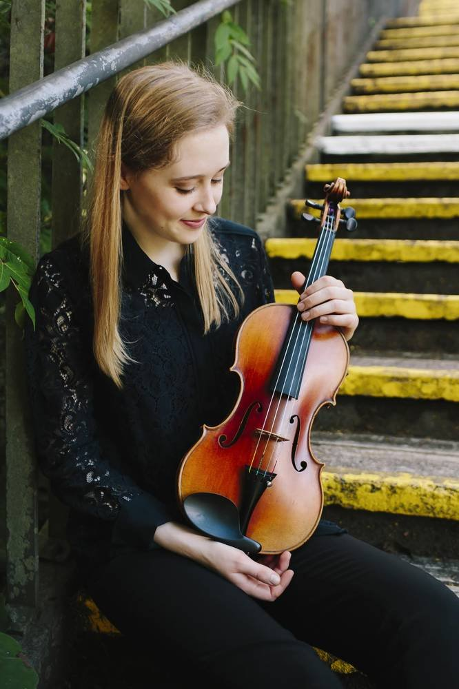 Grace Clifford, Chamber Music Violinist