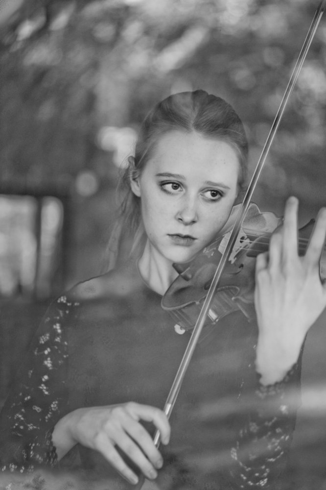Grace Clifford, Classical Musician & Violin Player