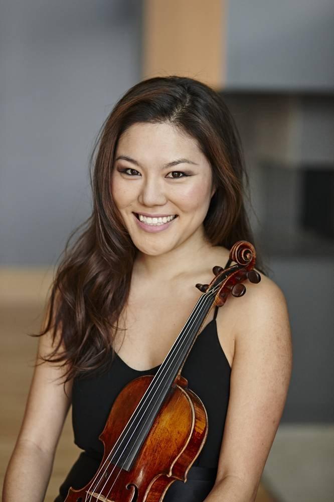 Susie Park Violin Player