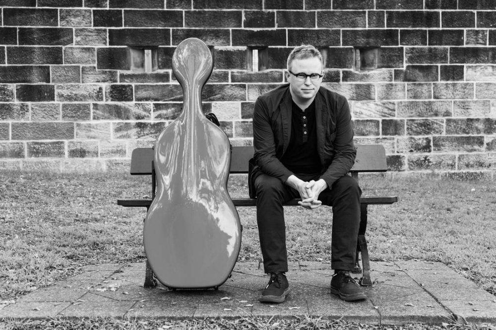 Timo-Veikko Valve Cello Performer