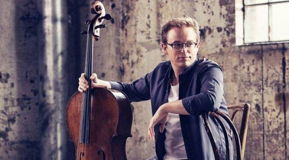 Timo-Veikko Valve Cello Player