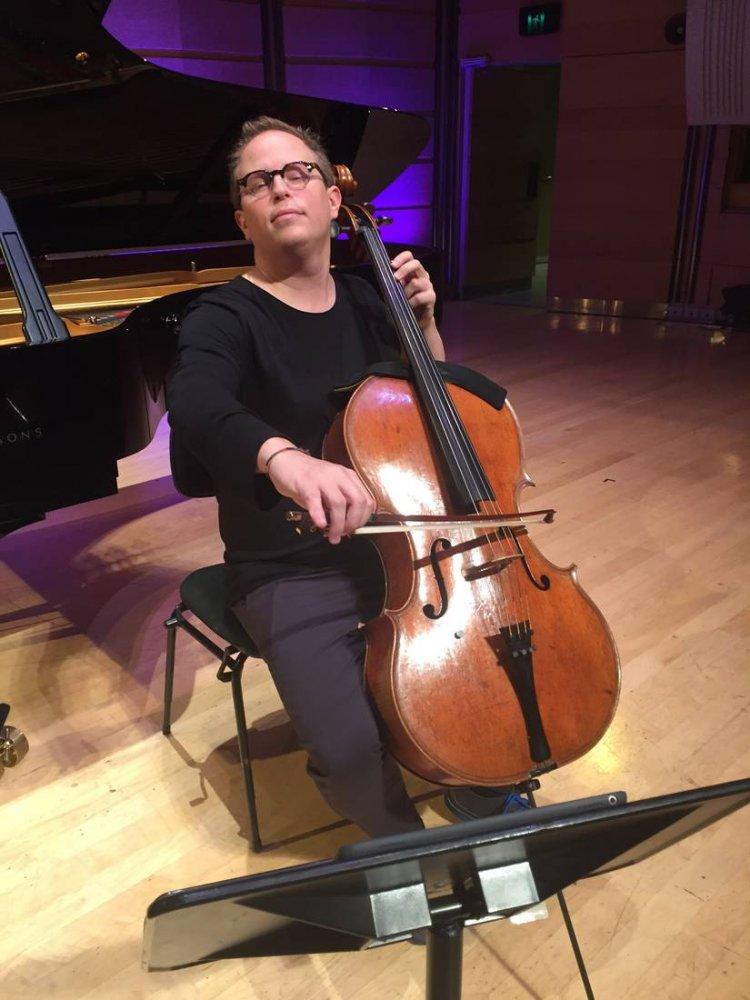 Timo-Veikko Valve chamber music cello player